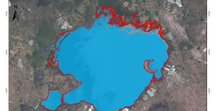 The Rising Water Level and Expansion of the Rift Valley Lakes from Space